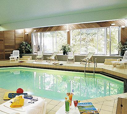 Hôtel avec piscine Le fort du pré à Saint-Bonnet-le-Froid